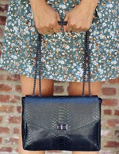 vêtement femme mode pochettes sacs