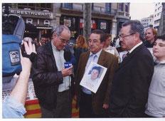 El periodista de TVE y colaborador de Inter-Sos Sr. Augusto Rey, entrevista a nuestro Presidente y al Concejal de Interior del Ayuntamiento del Prat.