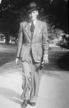 Herbert Sauber in Baden-Baden. Er wollte Landwirt werden, starb aber 1945 an Kriegsfolgen. Tuberkulose oder Lungenentzündung könnten letztlich ursächlich gewesen sein.