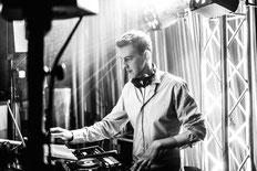 DJ Bonn - DJ Service in Bonn, Alfter, Rhein-Sieg, ihr professioneller DJ in Bonn