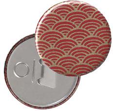 Flaschenöffner  Flaschenöffner-Rückseite mit Neodym-Magnet  59 mm  , Chiyogami Yuzen Papier,Halbkreise  gold auf rot