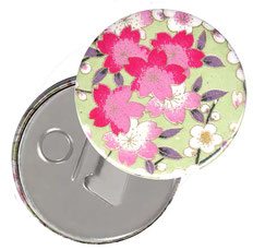 Flaschenöffner  Flaschenöffner-Rückseite mit Neodym-Magnet  59 mm  ,Apfelblüten hellgrün rosa