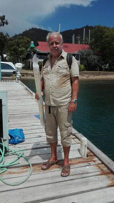 Kurierdienst Frank mit der Membrane in Trinidad