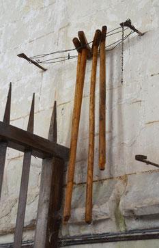 Chapelle St-Lambert: les béquilles