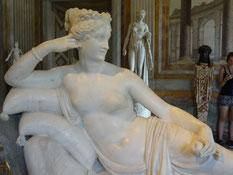 Rom, Galeria Borghese: Paolina (Schwester Napoleons) als Venus (mit Apfel)