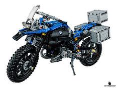 Im Paket Lego 42063 sind 603 Einzelteile enthalten.