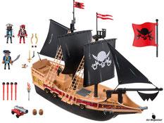 Im Paket Playmobil 6678 ist ein schwimmfähiges Piratenschiff, 3 Piraten, ein Affe, 3 Degen, ein Schwert, 4 Flaggen, 2 Fässer und eine Fackel Manschette enthalten.