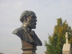 Buste d'Hector MALOT par le sculpteur Chapu
