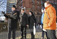 Corpus Delicti Tours - Kommissar Toll erzählt seinen Gästen spannende Kriminalfälle aus Hamburg