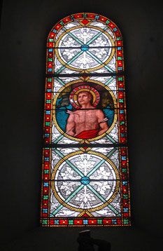 les vitraux sont du 17ème siècle