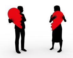 Liebe Paar Trennung Liebeskummer Herz zerrissen