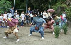 年に一度「鳥海神社」で開催されます。