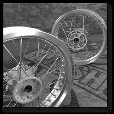 Speichenräder umspeichen, Super Moto Felgen, Classic Speichenfelgen