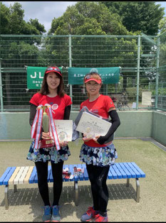 保科祐子さん(右)と鶴見由布子(左)さん