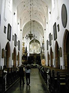 オリーヴァ大聖堂主催壇