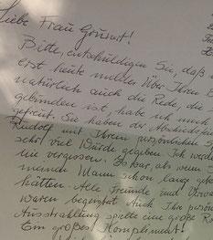 Bild:Trauerfeier in Hamburg mit AMG-Freie Rednerin