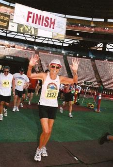 Im Ziel des Great Aloha Run (2008).
