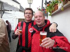 Frohliche Teilnehmer des Brunnenfestes 2014