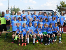 Die Teilnehmer der Ferienfussballschule in Hinte