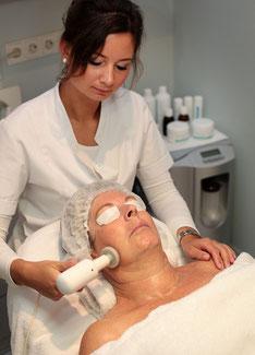 Besondere Pflege für die Gesichtshaut