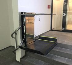 Rollstuhllift Treppenhaus