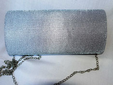 Clutch im Metall-Look