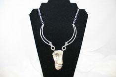 Ungewöhnliche Halskette