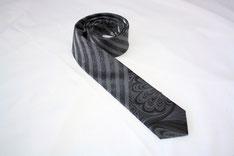 Krawatten und Fliegen