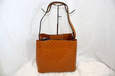 Glänzende Tasche