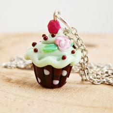 cupcake oorbellen, handgemaakte unieke fantasy sieraden