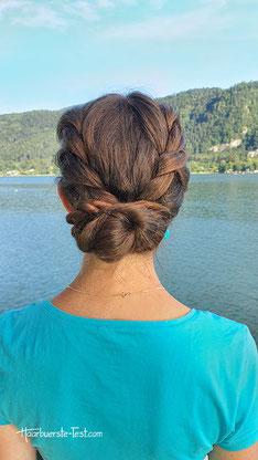 Niedriger Dutt mit Haarkordeln
