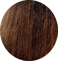 lange braune Haare nach dem Glätten mit der Babyliss Haarglätterbürste