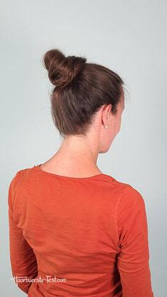 Haarknoten am Oberkopf