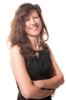 Stefania Scarabelli Laureata in Scienze Naturali, Naturopata, Operatore Olistico Trainer e Counselor Olistico Integrale