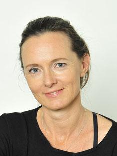 Klaudija Zalapski, Yoga