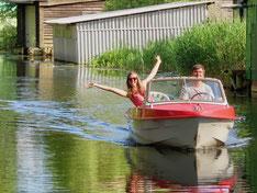 Ibis, Motorboot fahren in der Seenplatte