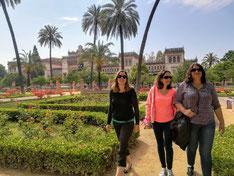 Plaza de amarica Sévilla, Parque Maria Luisa, Musee archéologique, visite guidée en français entre amies sevilla