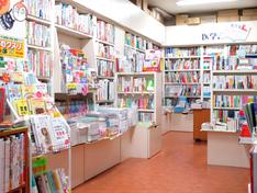 売店-書籍コーナー