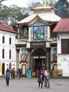 Eingang zum Pashupatinath Tempel