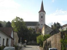 Turm und Langhaus