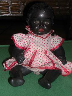 Negrita, muñeca española restaurada