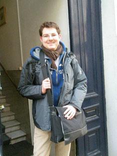 Photo: Men's Individual Fashion. Die alte Tasche 2012 in Brüssel.