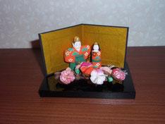 我が家の奈良の一刀彫立ち雛