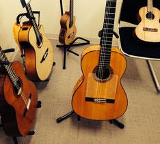 ウクレレ小学生のギター試奏会