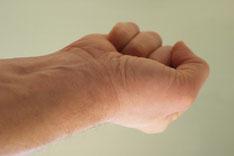 Muskelanspannung der Hand