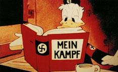 El pato Donald, caracterizado satíricamente como ducktator con el libro, ideario político e ideológico  de Hitler.