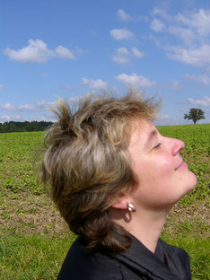 Achtsamkeit Michaela Hold München Yin Yoga Meditation Familienaufstellen Holistic Pulsing Ausbildung