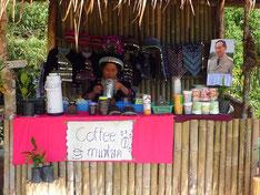 現地のコーヒーショップ