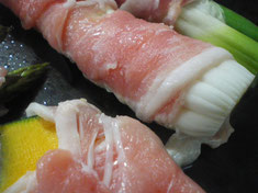 アツアツ鉄板肉巻き野菜