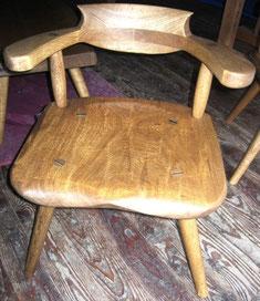 ナラの椅子